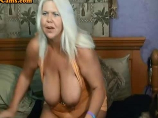 Granny with big tits and a phat ass